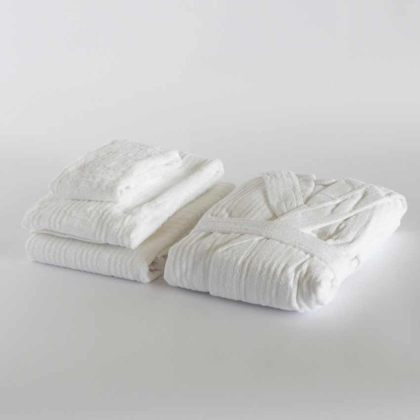 Set 3 asciugamani con accappatoio Svad Dondi TIMES SQUARE - offerta