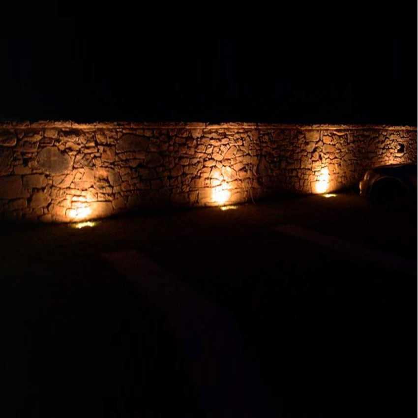 Lampada Solare a luci Led illuminazione per cartelloni pubblicitari e parete BILLBOARD - new
