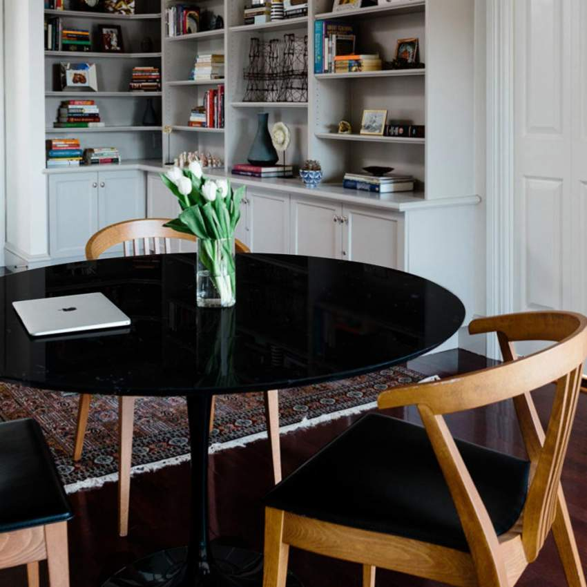 Mesa TULIP redonda negra y blanca para bar y salones 80x80cm - best