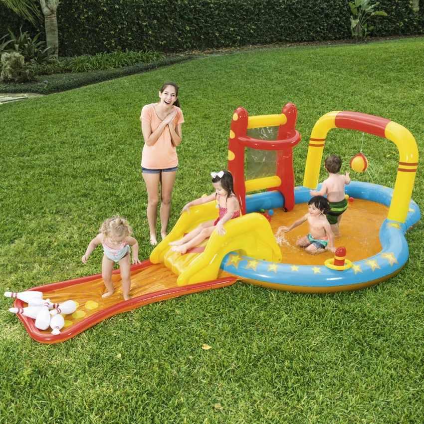 Piscina gonfiabile bestway 53068 per bambini con giochi bersagli scivolo birilli - Scivolo gonfiabile per piscina ...