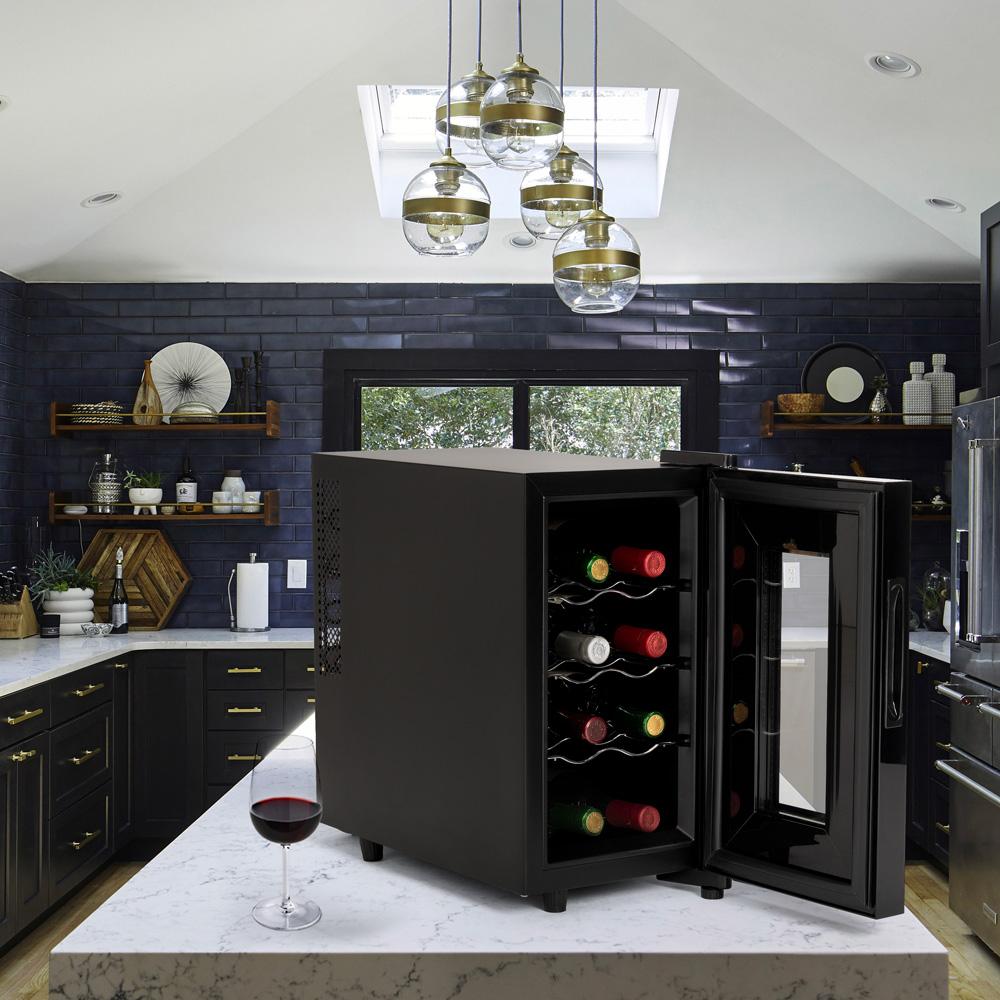 airbnb home wine cellar BACCHUS XVIII